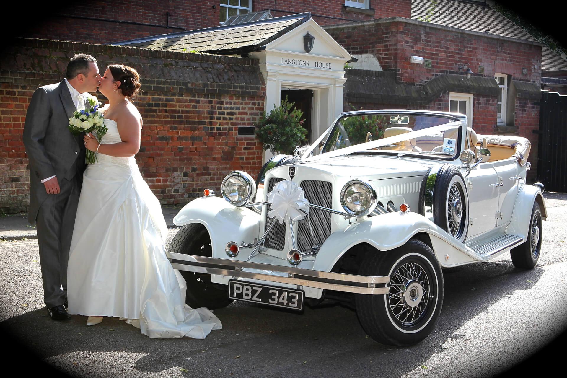 Vintage wedding car Beauford