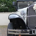 Vintage wedding car hire -Side-headlight