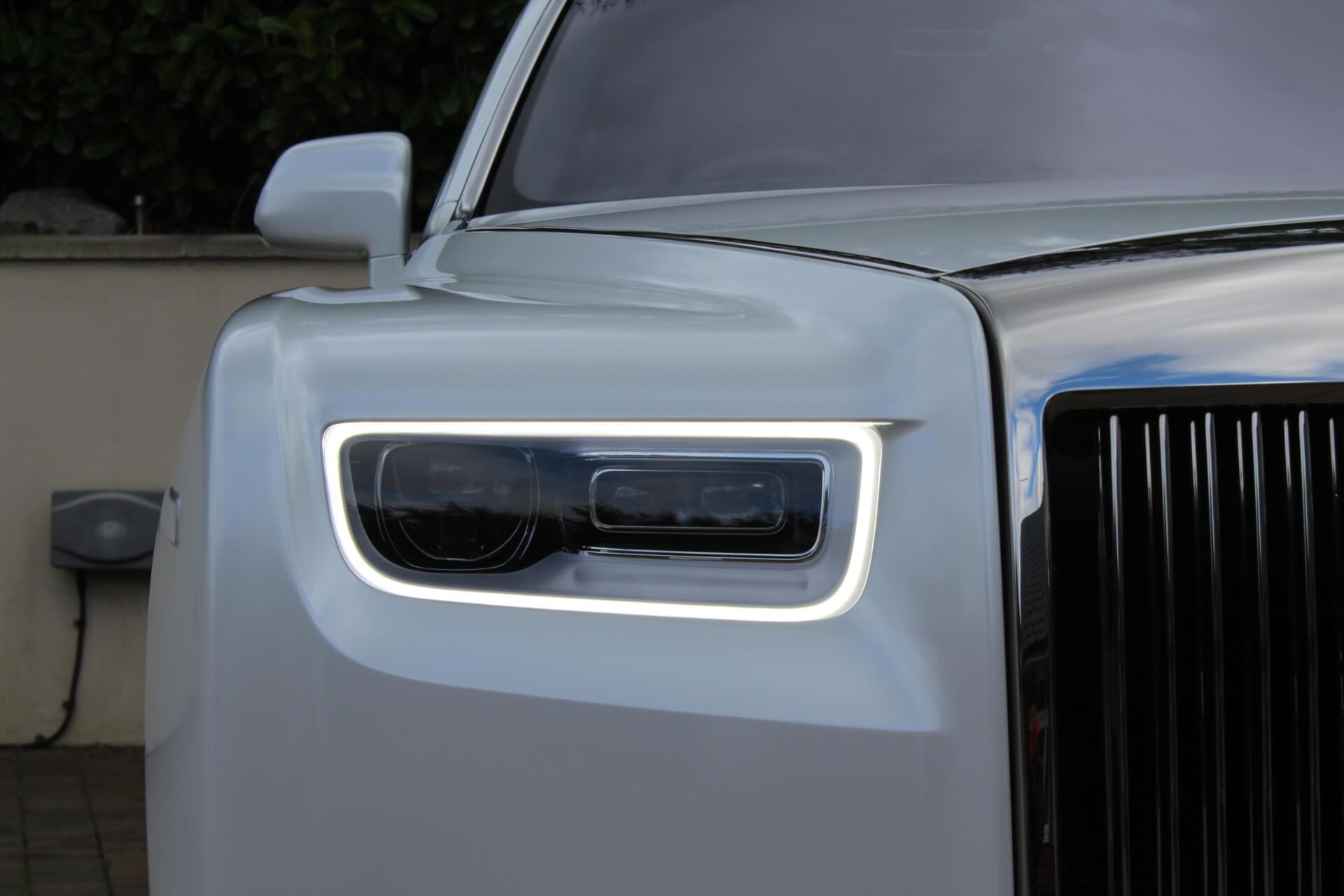 Rolls Royce Phantom 8 headlight