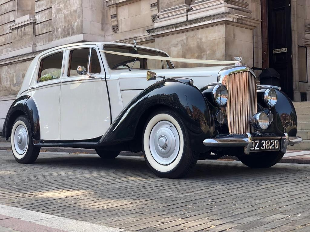 Bentley vintage car hire