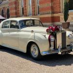 Rolls Royce Silver Cloud decorations